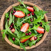 photo of arugula & strawberry salad