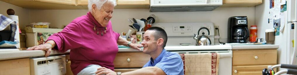 Visiting Nurse Association of Northern New Jersey's (VNA) Prehabilitation and Rehabilitation Home Care Program prepares patients for their joint replacement procedure.